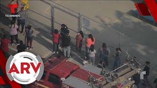 Avión en Los Ángeles derrama combustible en patio de una escuela   Al Rojo Vivo   Telemundo