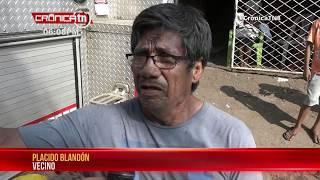 Incendio reduce a cenizas enseres en una vivienda de un barrio capitalino - Nicaragua