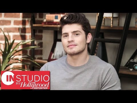connectYoutube - In Studio With Marvel's 'Runaways' Star Gregg Sulkin: Playing a Teenager & Being a Superhero | THR