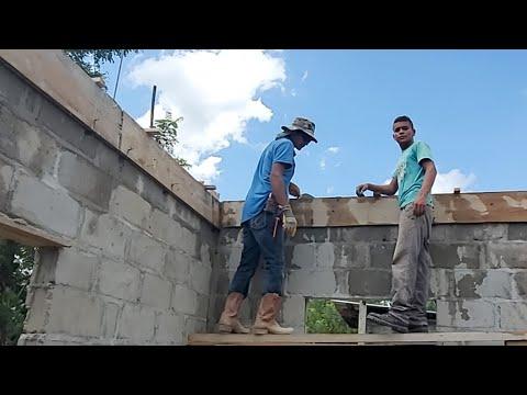 desde el Barrio Calaka asi va la construccion este dia  va rapido