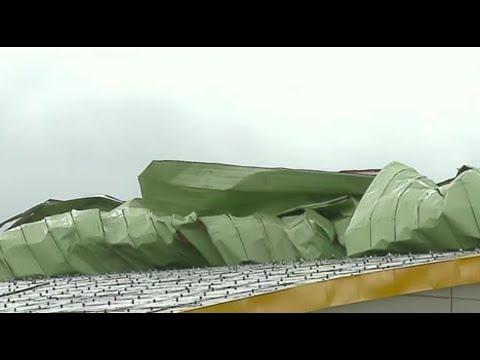 Torbellino en Heredia provoca destrucción en hospital y casas