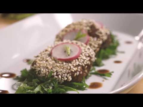 Über den Tellerrand gekocht – TischleinDeckDich-Falafel kochen mit P. Jentschura und Monica Ivancan