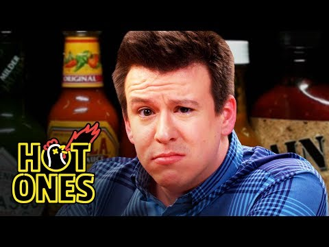Philip DeFranco Sets a YouTube Record While Eating Spicy Wings   Hot Ones