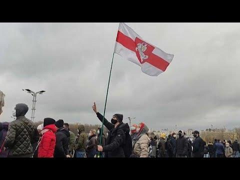 Más de 500 detenidos en Bielorrusia en una nueva protesta contra Lukashenko