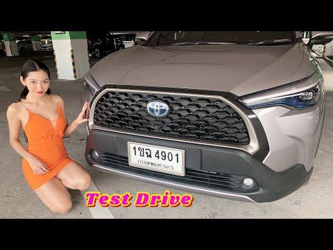 Test-Drive-TOYOTA-COROLLA-CROS