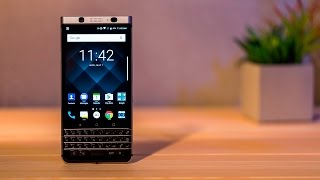 BlackBerry KEYone Review - The phone keyboard is back!