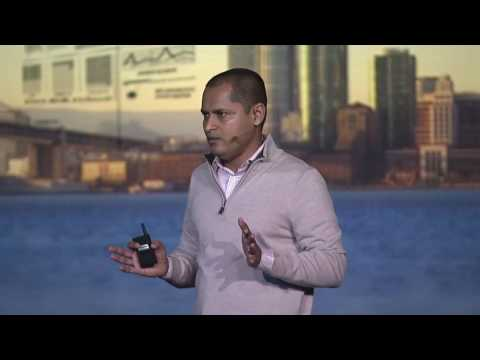 Machine learning is about your data and deployment Dinesh Normal Sponsored by IBM)