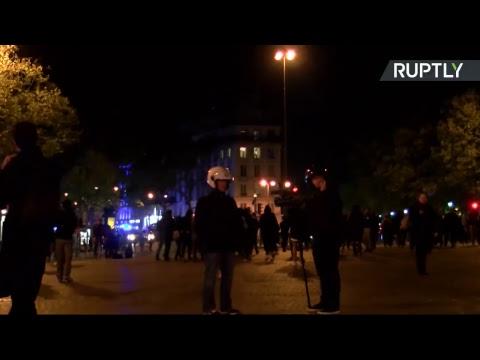 Протесты во Франции в день президентских выборов