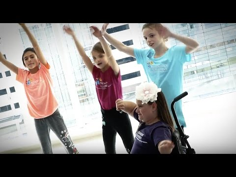 Lane Bryant and Pretty Big Movement: Dance Party with Patients at Nationwide Children's