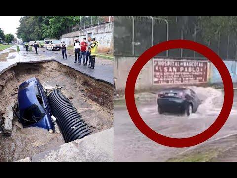 Un automóvil terminó en un socavamiento en la colonia Pablo VI