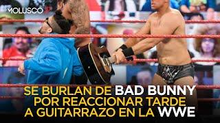 Se BURLAN de Bad Bunny por haber reaccionado tarde al guitarrazo que le dieron en la WWE ????