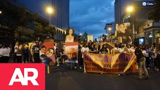 Marcha en San José exigiendo un alto a violencia hacia las mujeres
