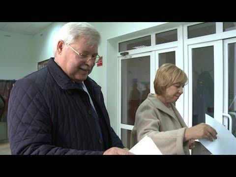 Сергей Жвачкин проголосовал за губернатора