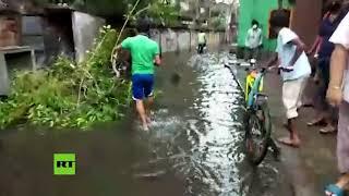 Ciclón poderoso causa víctimas y daños en India y Bangladés