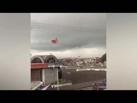 Cuatro torbellinos han sorprendido algunas comunidades con sus fuertes vientos