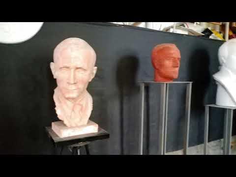 Фёдор Иванович Мадуровӑн курав залӗ