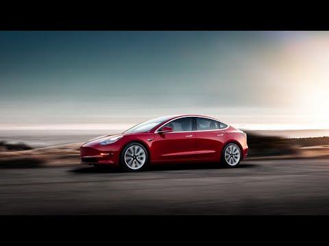 Musk promises fix after Tesla Model 3 review