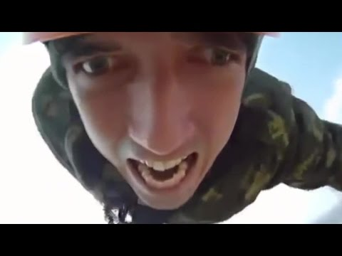 Video: Emotional bungee jump - Emotions outside from the Russian guy