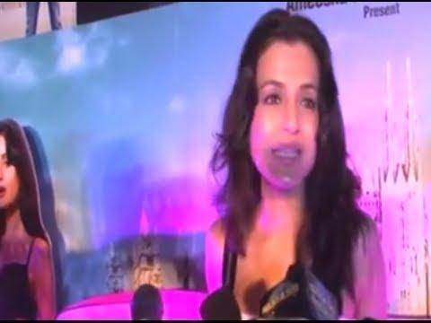 Ameesha Patel And Ravi Kishan's Desi Magic