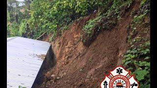 Vivienda afectada por deslizamiento de tierra en San Pablo
