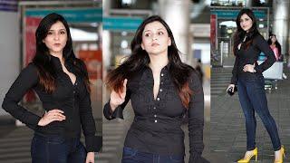 Actress Mannara Chopra Exclusive Visuals @ Hyderabad Airport | Celebrities Airport Videos - TFPC