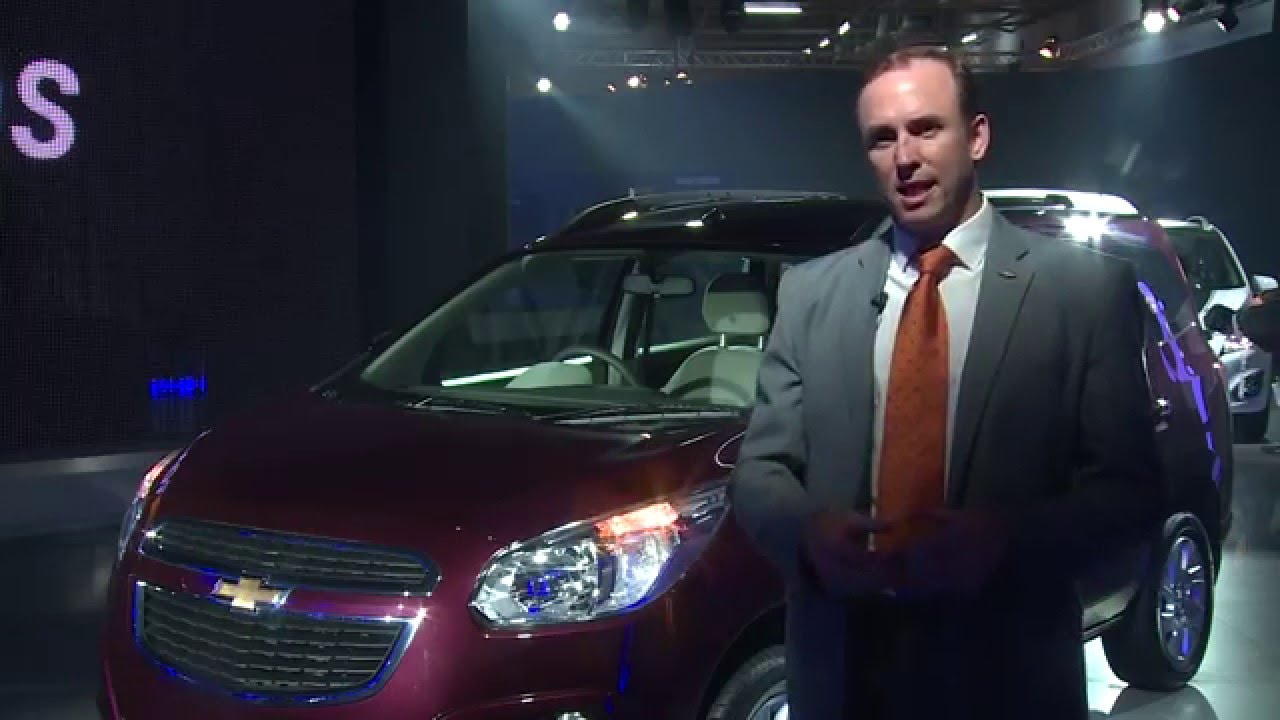 Mark Harland Revealing Chevrolet Spin at Auto Expo 2016