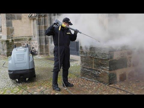 Kärcher reinigt historische Stadtkirche Wittenberg