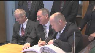 Video File of Expedition 39 and 40 Crew News Conference and Visit to Red Square