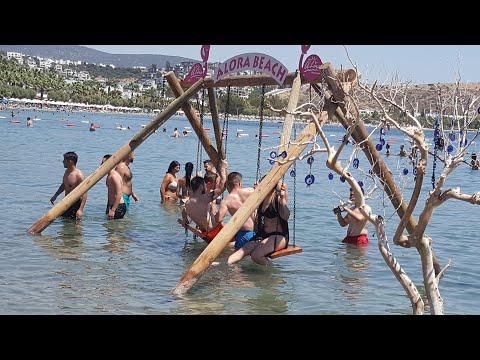 Bodrum'da bayramın ikinci gününde plajlar doldu