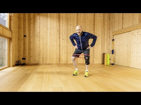Christian shows exercises against  knee OA pain : strength
