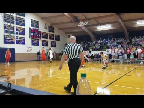 Caleb Jordan basket beats the halftime buzzer
