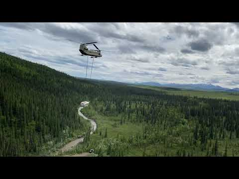 Incredible video shows how Chinook airlifted famous 'Into the Wild' bus from Stampede Trail