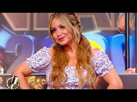 Karina «La Princesita» lució su look con un peinado espectacular y un vestido floreado