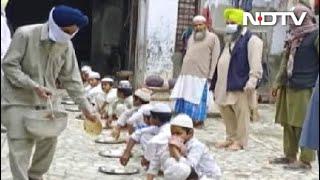 Gurdwara In Punja's Malerkotla Wins Hearts For Providing Meals To Stranded Students - NDTV