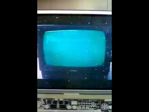 Tienda de informática moderna con vídeo de Amstrad CPC