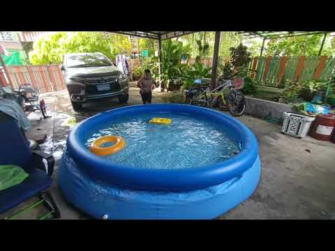 เล่นน้ำที่บ้านคลายร้อน
