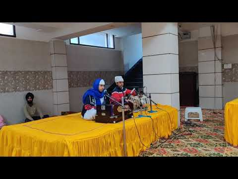 Tond and Jaari performing in Shabad Kirtan at Gurudwara