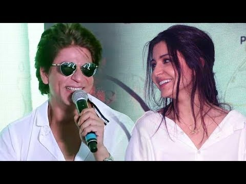 Shahrukh Cracks A DIRTY Joke In Front Of Anushka Sharma