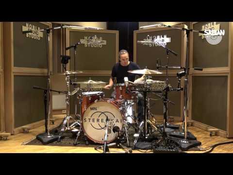 """Daniel Schild Performs """"Phoenix"""" by Stereokai"""
