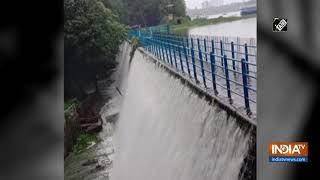Watch: Mumbai's Powai Lake overflows due to continuous rainfall - INDIATV