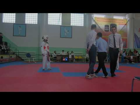 Конухина Полина 1 бой 1 раунд