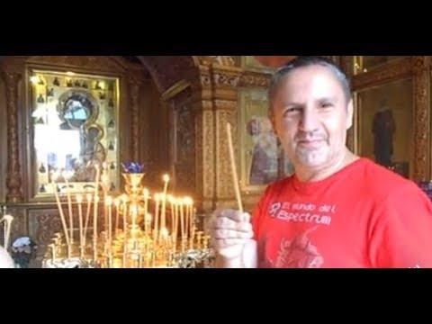 Puerta o Capilla Ibérica de Moscú  y rito ortodoxo de velas