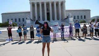 La Cour suprême des États-Unis invalide une loi restrictive sur l'avortement