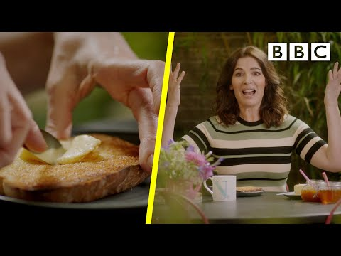 Twice buttered toast?!? Is Nigella's recipe a DISASTER or GENIUS? – BBC