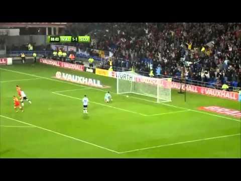Gareth Bale (WALIA – Szkocja)