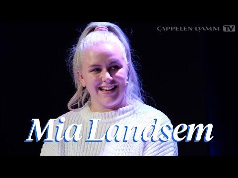 -Tenk deg om før du legger ut bilder av barna i sosiale medier, sier Mia Landsem.