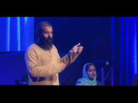 The message of love ... | Behrang Kofgar | TEDxEsfahan