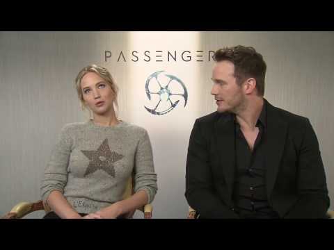 connectYoutube - Jennifer Lawrence speaks funny French