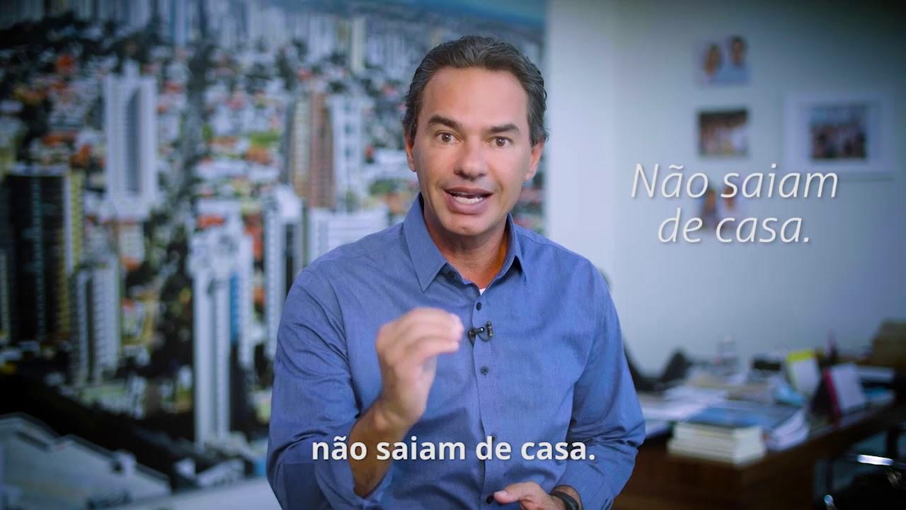 """""""Deus quer nos dar um recado; pense no próximo"""", diz prefeito sobre coronavírus"""