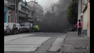 Problemas viales por protestas en El Trébol y Zona 1
